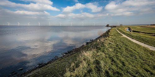 Zicht op Eemmeerdijk van