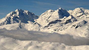 - Cavistrau (3,251 m) (Brigelser Hörner), - Piz dado ( 2,699 m),  - Hauserhorn (2,750 m),  - Plattas van Daphne Photography