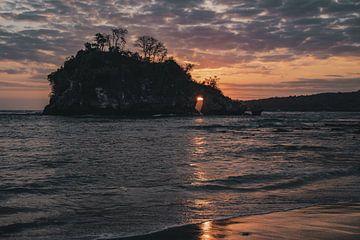 Crystal Beach van Colin van Wijk