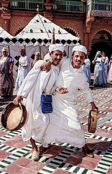 Moroccan Musicians - Analoge Fotografie! von Tom River Art