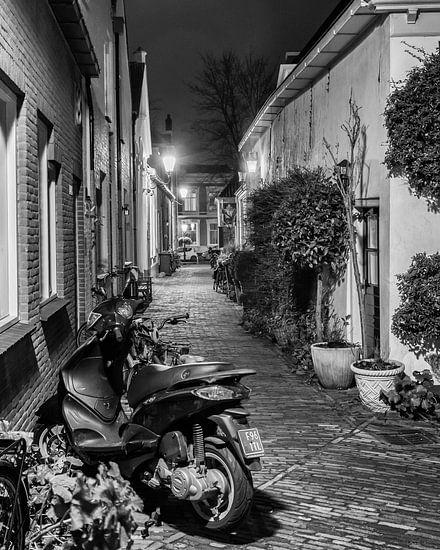 Hometown Nocturnal # 14 van Frank Hoogeboom