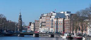 Zicht op de Munttoren in Amsterdam van