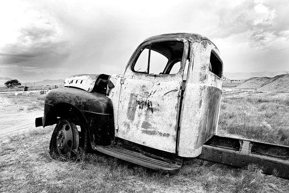 Autowrak in Namibië van Jan van Reij