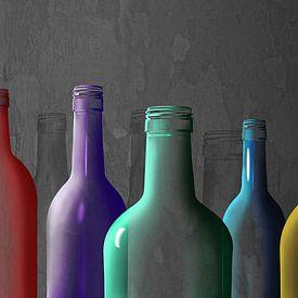 Bouteilles en verre coloré sur Monika Jüngling