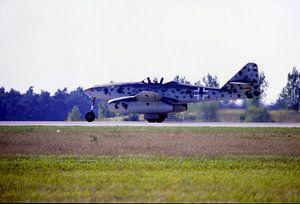 Me 262 van