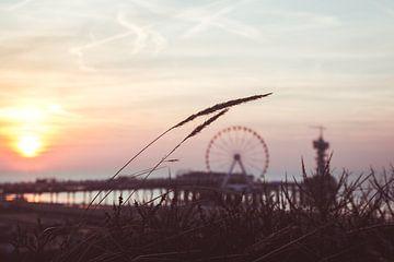 Zonsondergang achter de Pier van Edzard Boonen