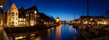 Thorbeckegracht in Zwolle tijdens de avond van Sjoerd van der Wal