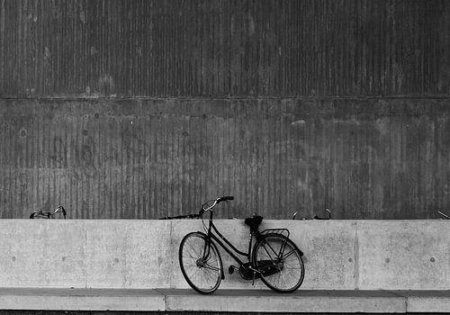 eenzame fiets van