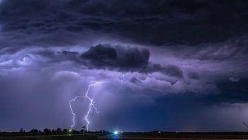 Kansas thunderstorm van Donny Kardienaal