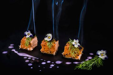 Gerookte zalm, smoked salmon van Corrine Ponsen