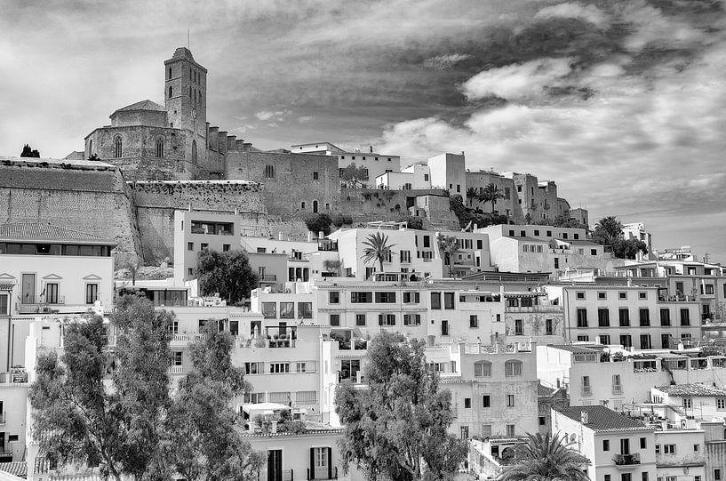 Ibiza-stad van Mark Bolijn