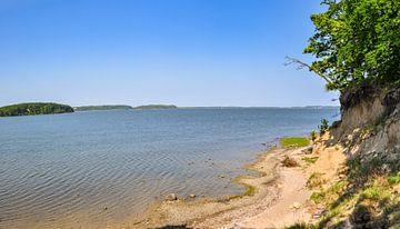 Plage naturelle au lagon du Great Jasmund Bodden près de Lietzow sur GH Foto & Artdesign