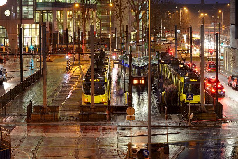 Tramhalte Jaarbeursplein in Utrecht van Donker Utrecht