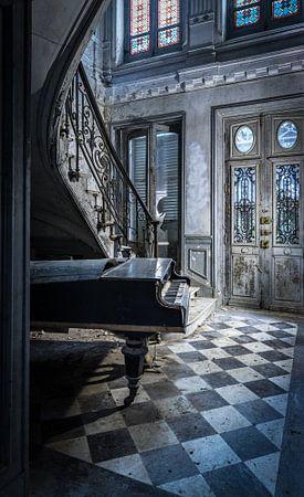 Piano in oude villa