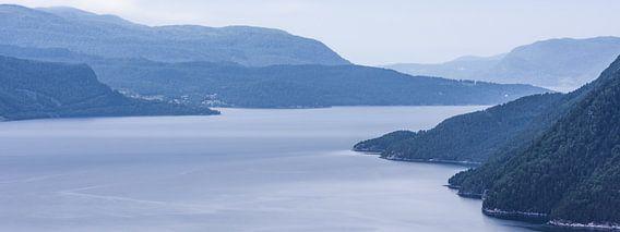 Sereen Sunndalsfjord Landschap  in Noorwegen