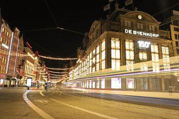 De eenzame tram in Amsterdam, Nederland van Be More Outdoor