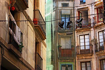 [barcelona] - ... heels & chucks