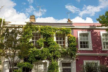 Des maisons colorées sur Portobello Road à Londres sur Reis Genie