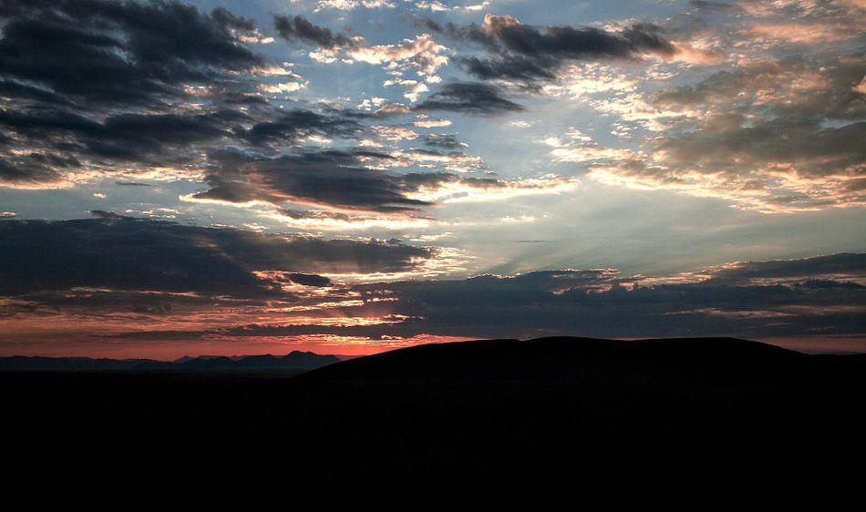 zonsopgang Sosusvlei Namibië van Jan van Reij