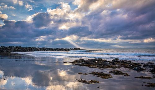 Avondzon achter de wolken, Wales