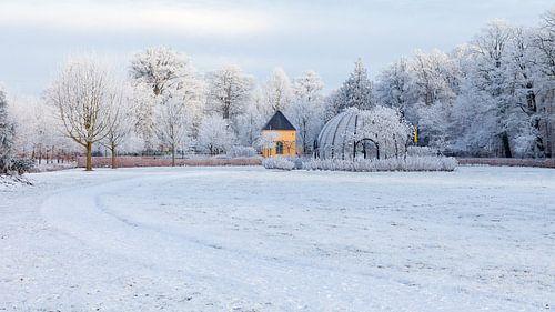 Schelpengrot Borg Nienoord Leek in de sneeuw