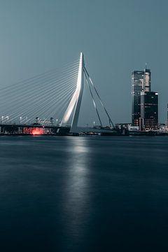 Erasmusbrücke bei Nacht #1