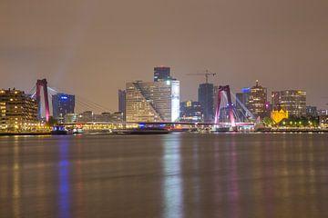 Willemsbrug en Willemswerf in de avond von Guido Akster