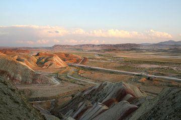 Kleurrijke bergen in Tabriz, Iran von