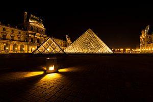 Museum Louvre bij avond - Parijs - 1