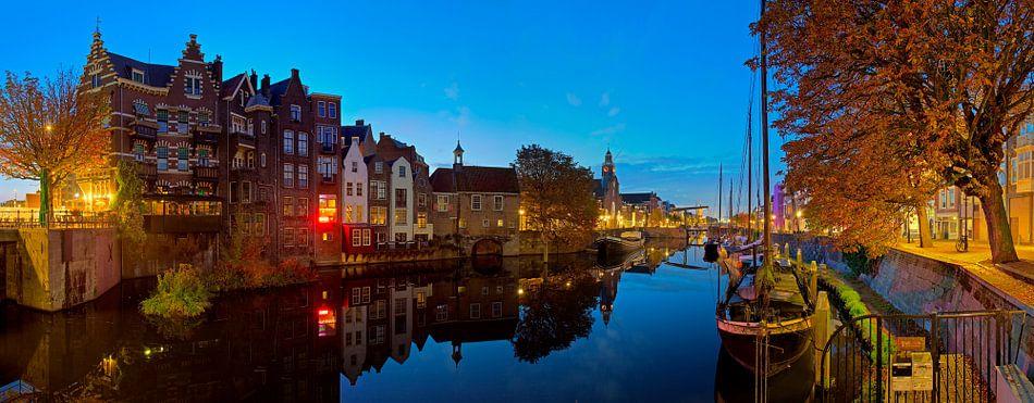 Panorama Delfshaven Rotterdam in de nacht van Anton de Zeeuw