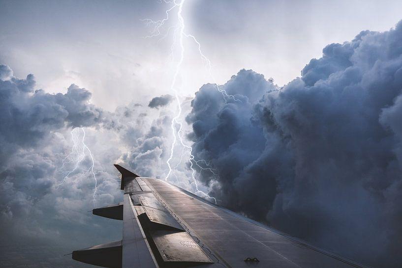 Fliegen - Reisen - Natur - Sturm van Felix Brönnimann