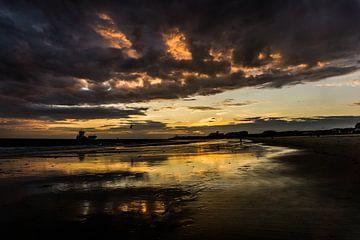 Zonsondergang wolken van Johan Dingemanse