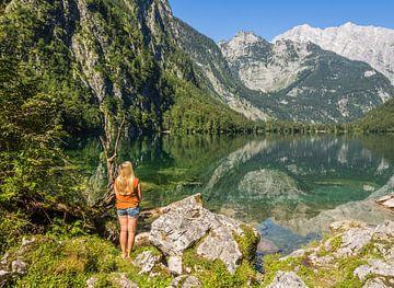Uitzicht op de Obersee in Schönau am Königssee van Animaflora PicsStock