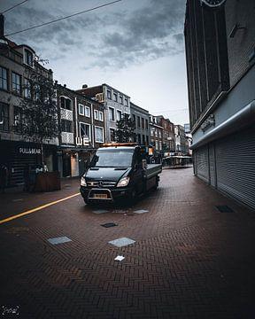 wanneer een auto door de stad een rijd van Sabine Brederode Photography
