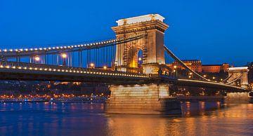 Chain Bridge, Budapest, Hungary van