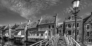 De hangende keukens van Appingedam in zwart/wit von Harrie Muis