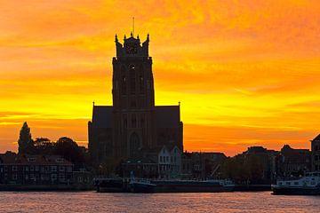 Zonsopkomst Grote Kerk te Dordrecht van