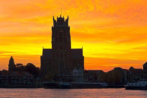 Zonsopkomst Grote Kerk te Dordrecht