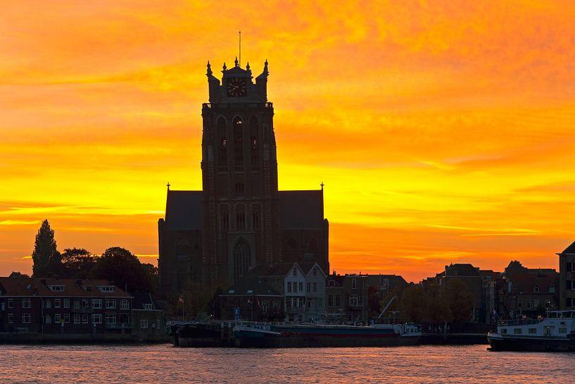 Sunrise Grande Église à Dordrecht sur Anton de Zeeuw