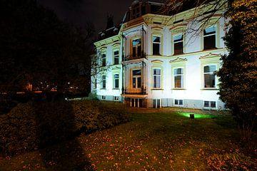 Villa De Oorsprong aan de Biltstraat in Utrecht sur Donker Utrecht