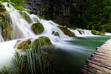 Kleine waterval in Kroatië van Jennifer Hendriks