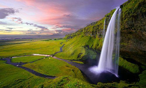 Seljalandsfoss Watervallen van Johan V