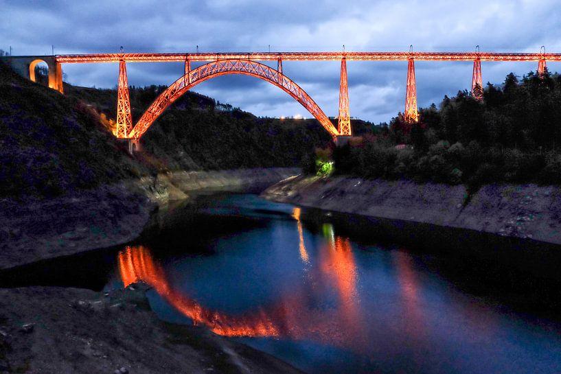 Viaduct de Garabit van Wessel Krul