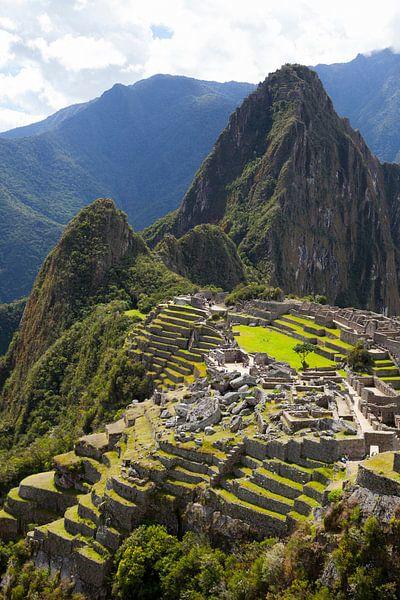 Machu Picchu, Peru - een bovenaanzicht van Bart van Eijden