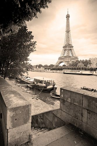 De Seine en de Eifeltoren van