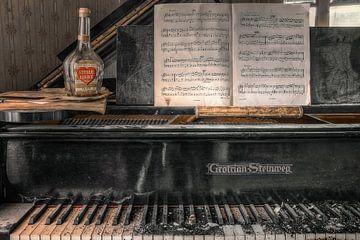Lieu abandonné - Piano - amour silencieux sur Carina Buchspies