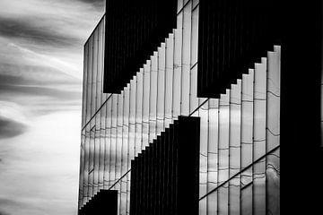 Moody building van Thomas Bekker
