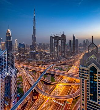 Dubai Autobahn Kreuzung von Rene Siebring