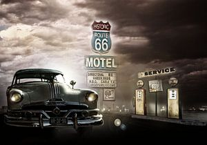 Tankstelle mit vintage Pontiac Chieftain 1952