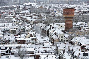 Besneeuwd Utrecht Noord met watertoren von